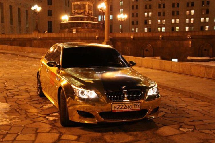 Золотая BMW, красавица